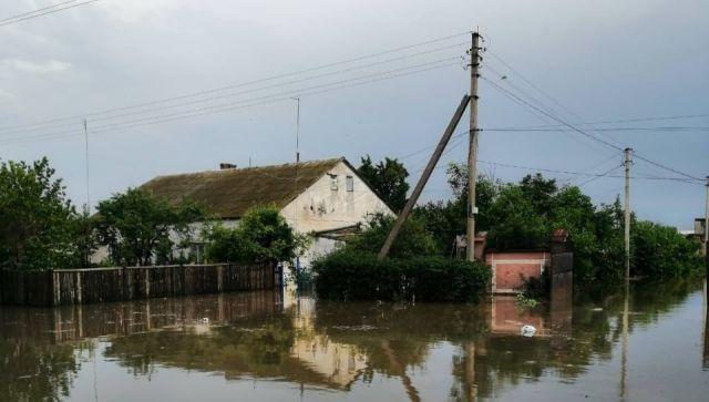 На севере Крыма обильными дождями подтопило дома