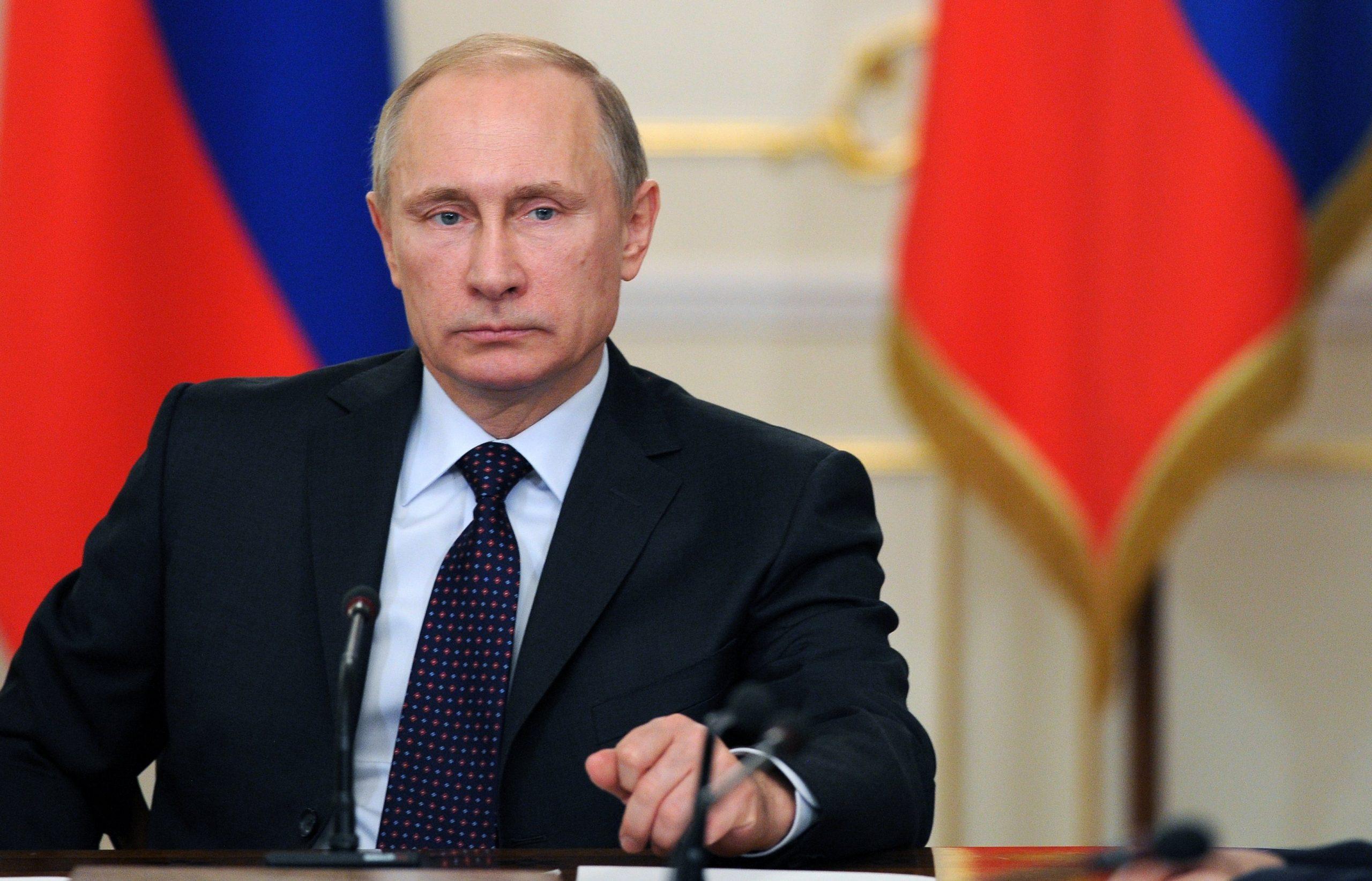 Путин оценил версию об искусственном происхождении коронавируса