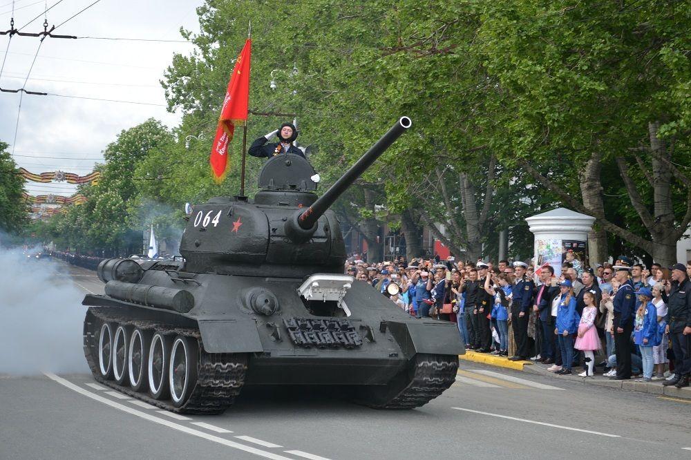 Какую технику севастопольцы увидят на Параде Победы 24 июня