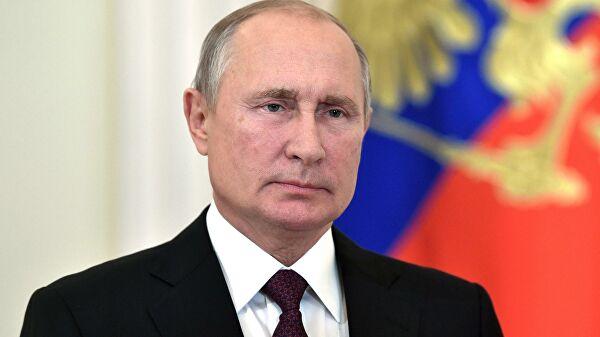 Путин заявил об отступлении эпидемии коронавируса в России