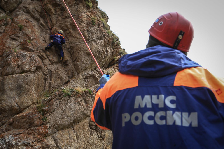 В Крыму со скалы сорвался мужчина