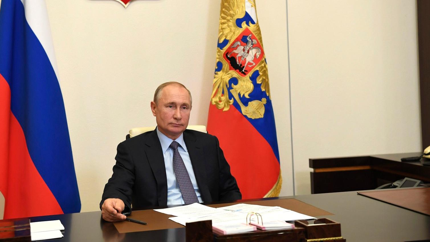 Путин рассказал о подарках, которые ему дарят внуки