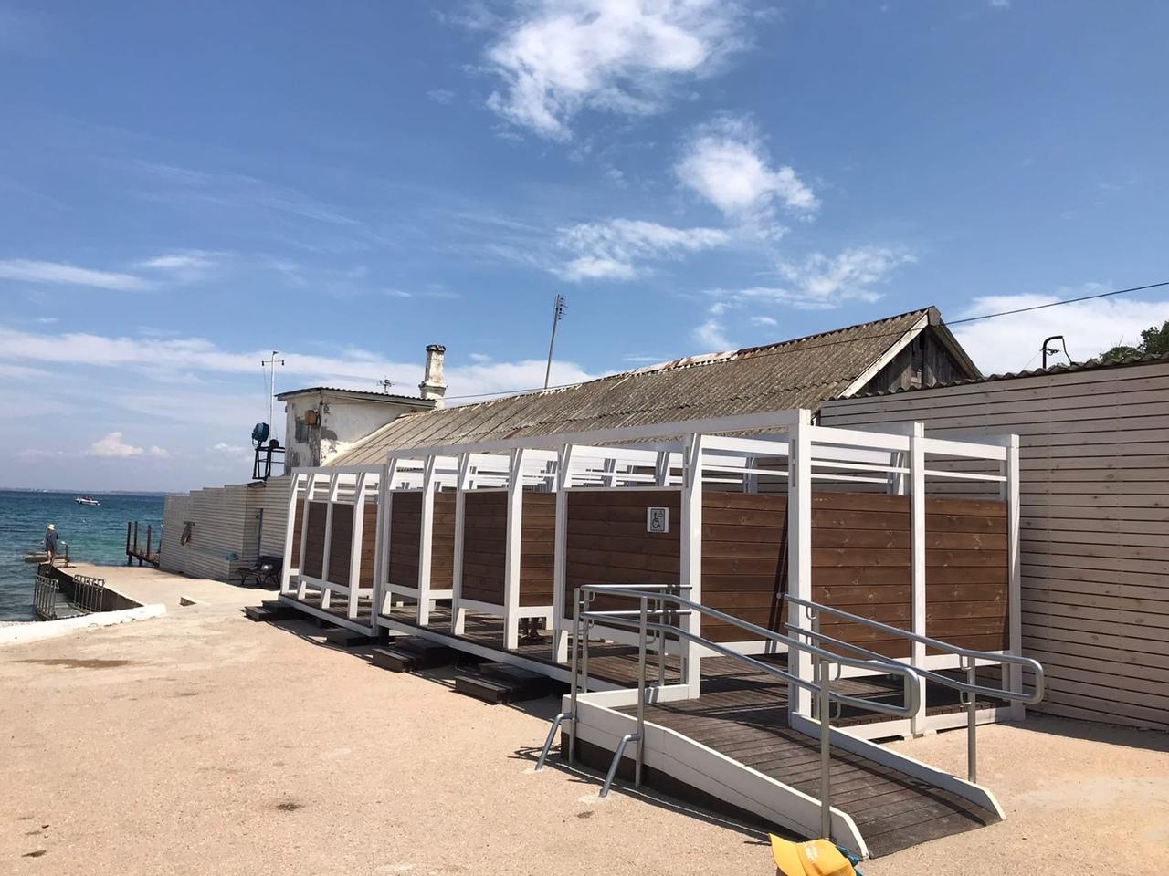 Севастопольцев приятно удивила реконструкция пляжа «Песочный»