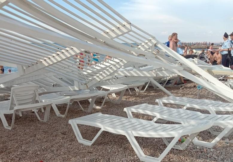 Предыдущий оператор пляжа в Парке Победы скрыл предупреждающие об опасности таблички
