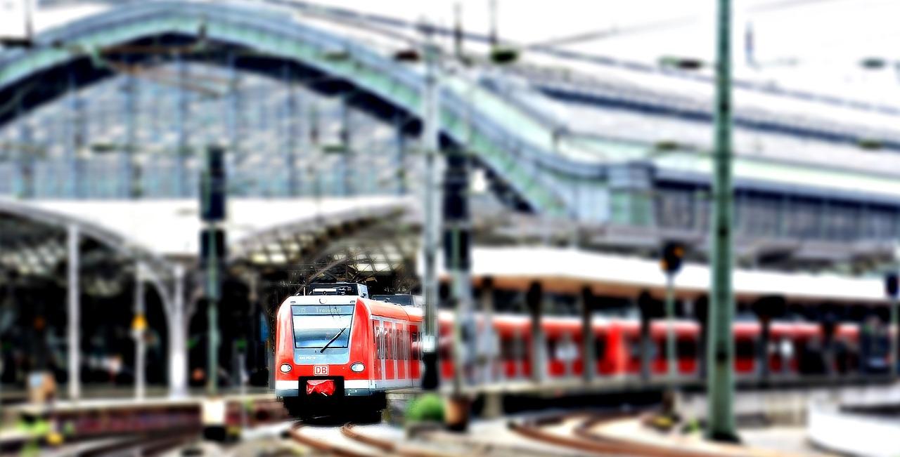 На первый поезд из Екатеринбурга в Крым раскупили все билеты
