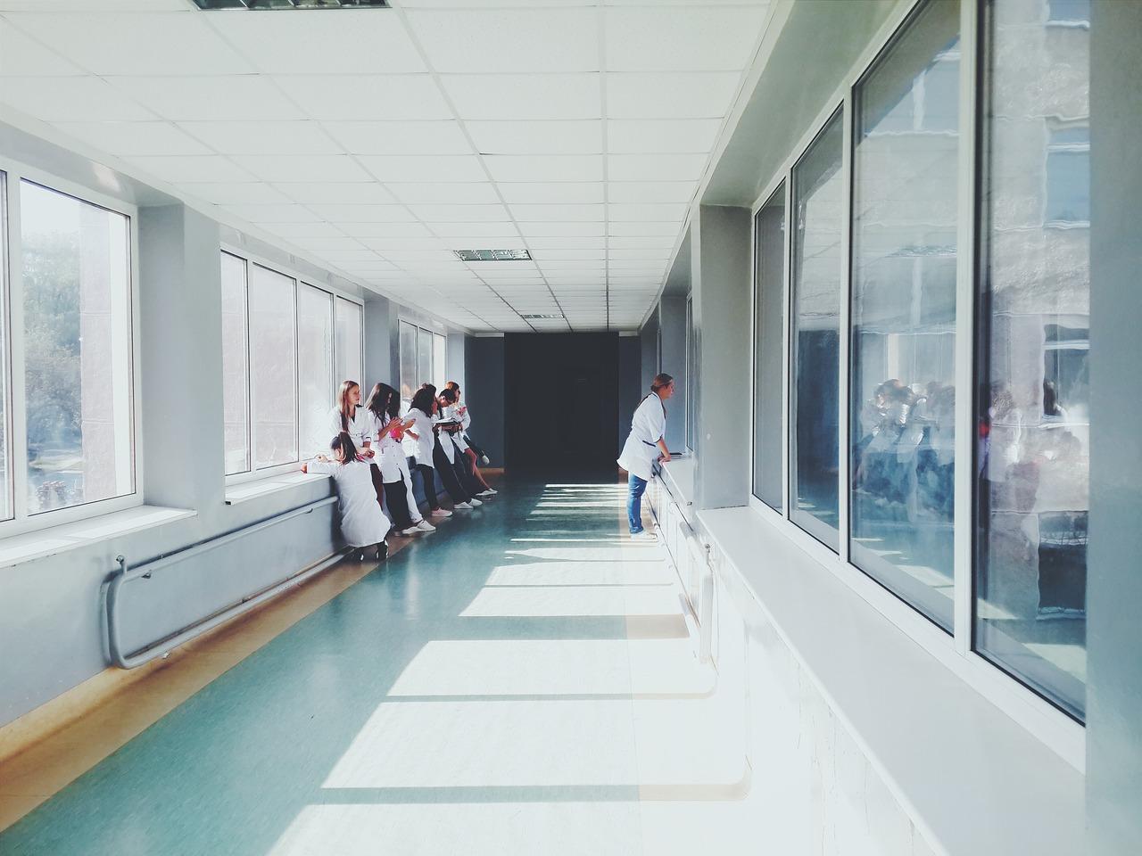 В Крыму за два года построят 100 больниц