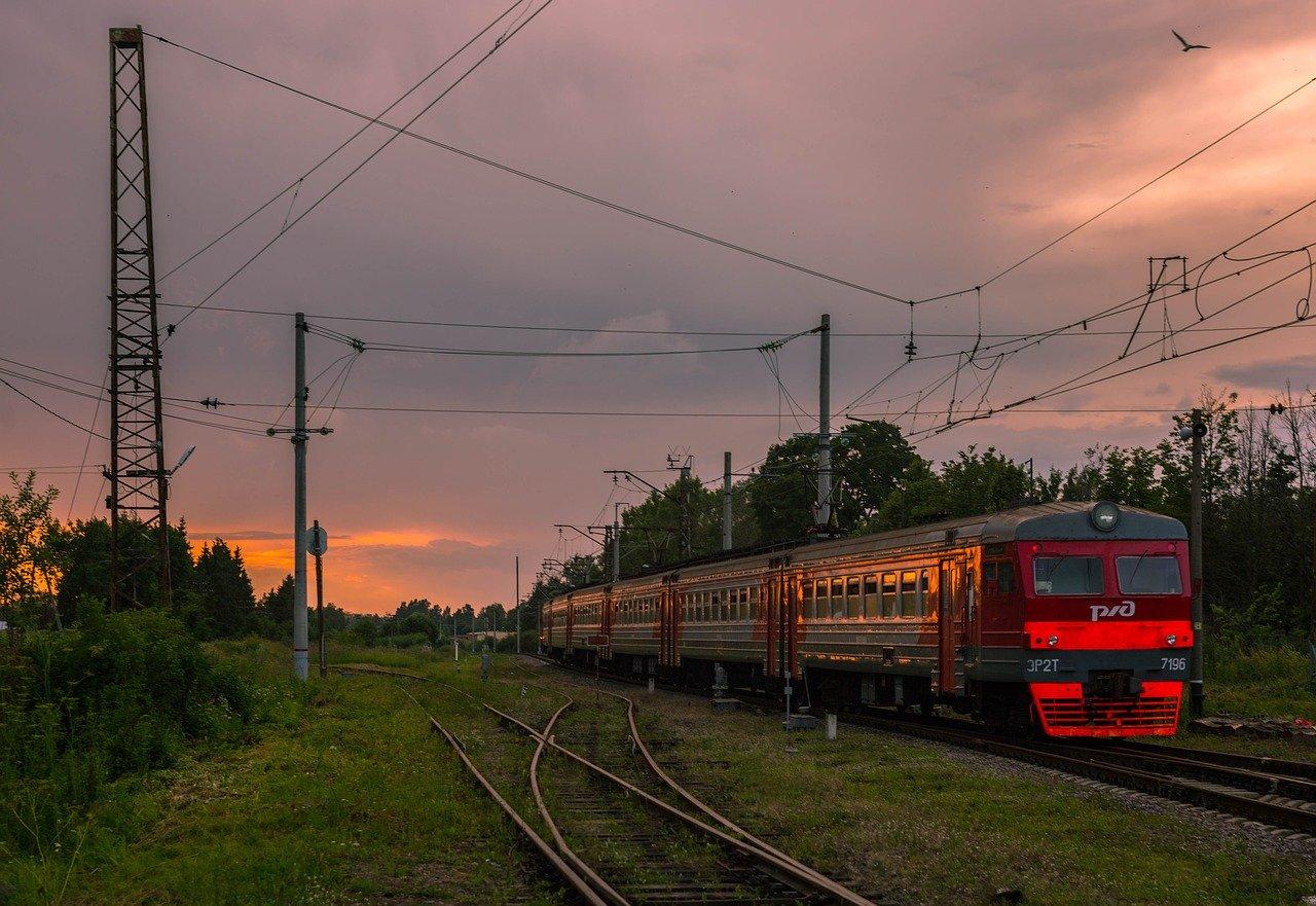 Дополнительные пригородные поезда запустят в Крыму: расписание