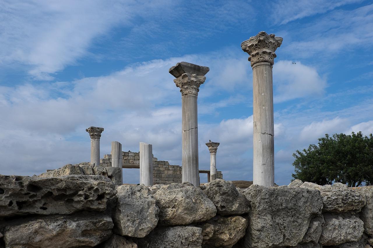 Севастопольцам напомнили о запрете купания в Херсонесе