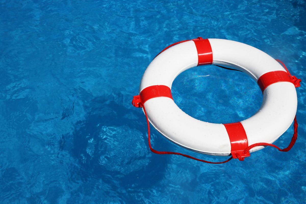 Крымчанам напомнили о мерах безопасности на воде