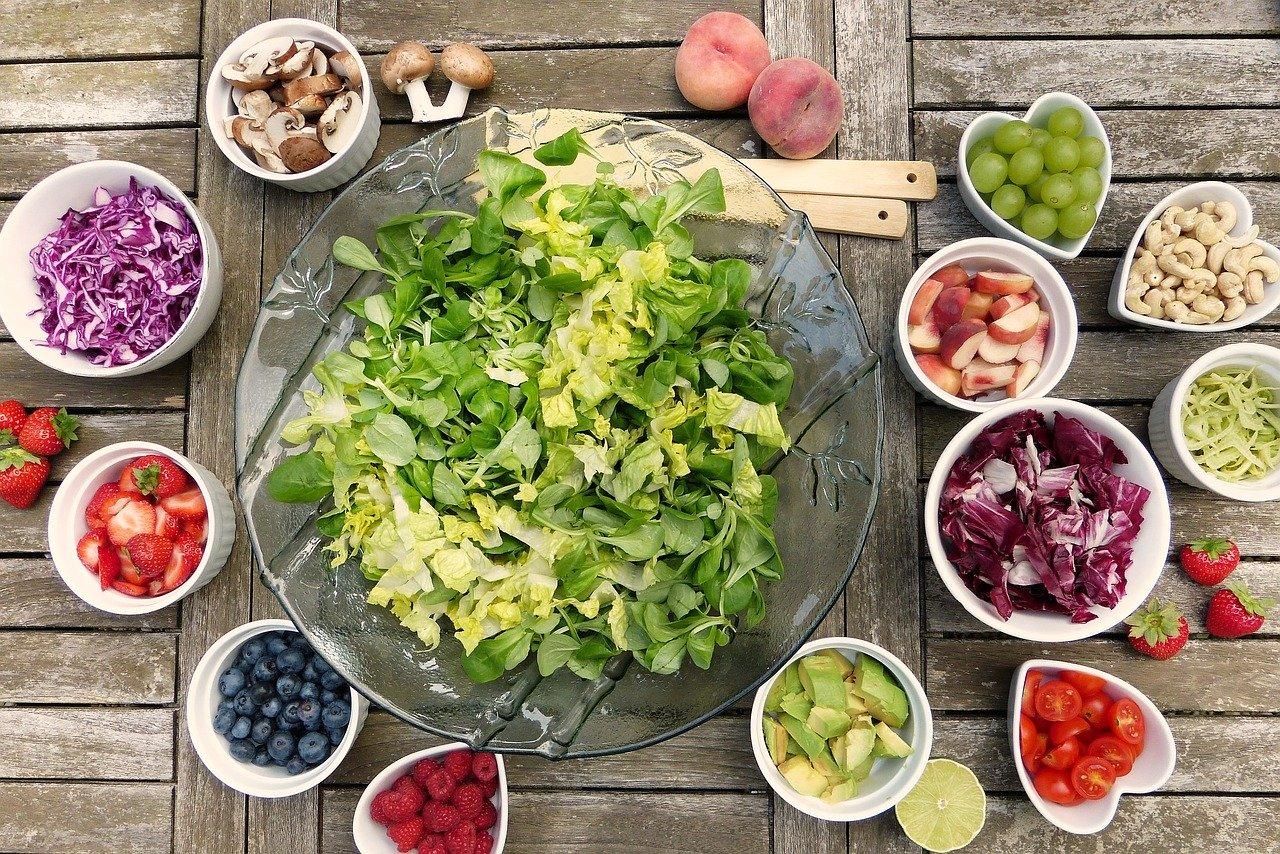 Ученые выяснили, какая диета помогает лечить онкологию
