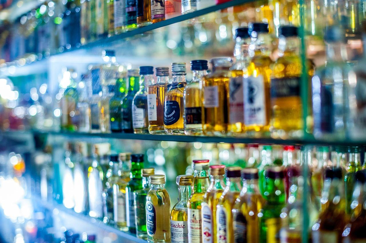 Названы самые популярные алкогольные напитки в условиях всероссийской самоизоляции