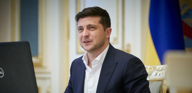 Рейтинг Зеленского упал до исторического минимума