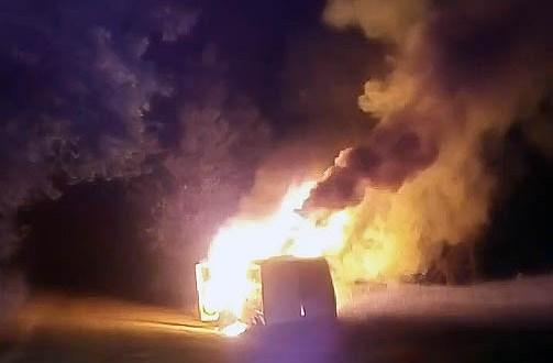 Ночью под Симферополем сгорел «Mercedes»