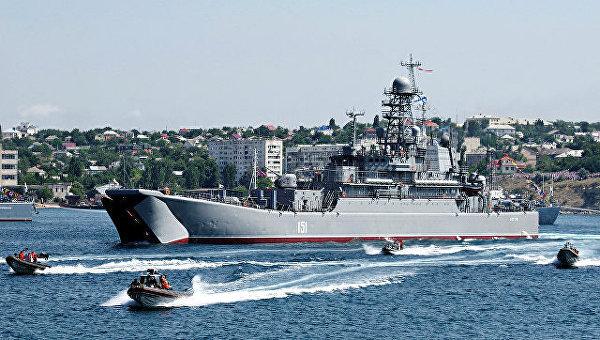 Гости и жители Севастополя смогут посетить корабли