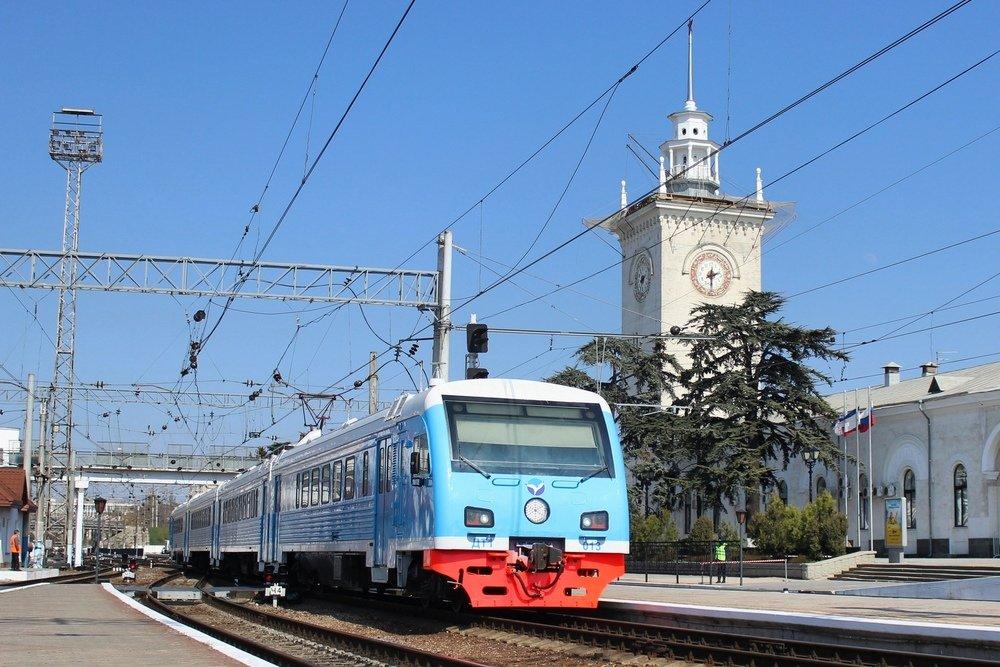 На крымской железной дороге установлены первые автоматы для оформления билетов