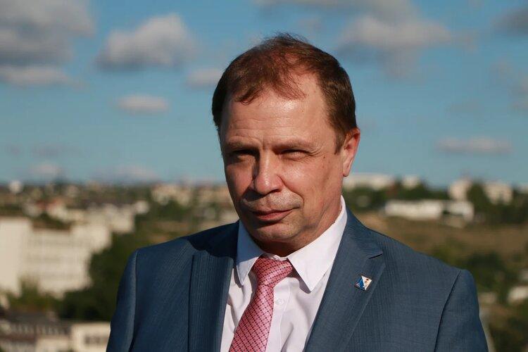 Спустя год анализа Кулагин решил, что больницам Севастополя не хватает электроснабжения
