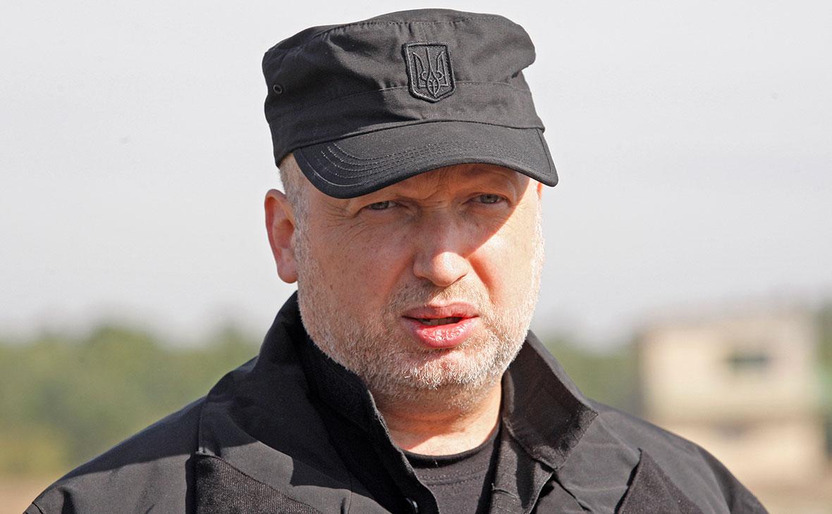 Турчинов заявил о готовности «в первых рядах» штурмовать Крым