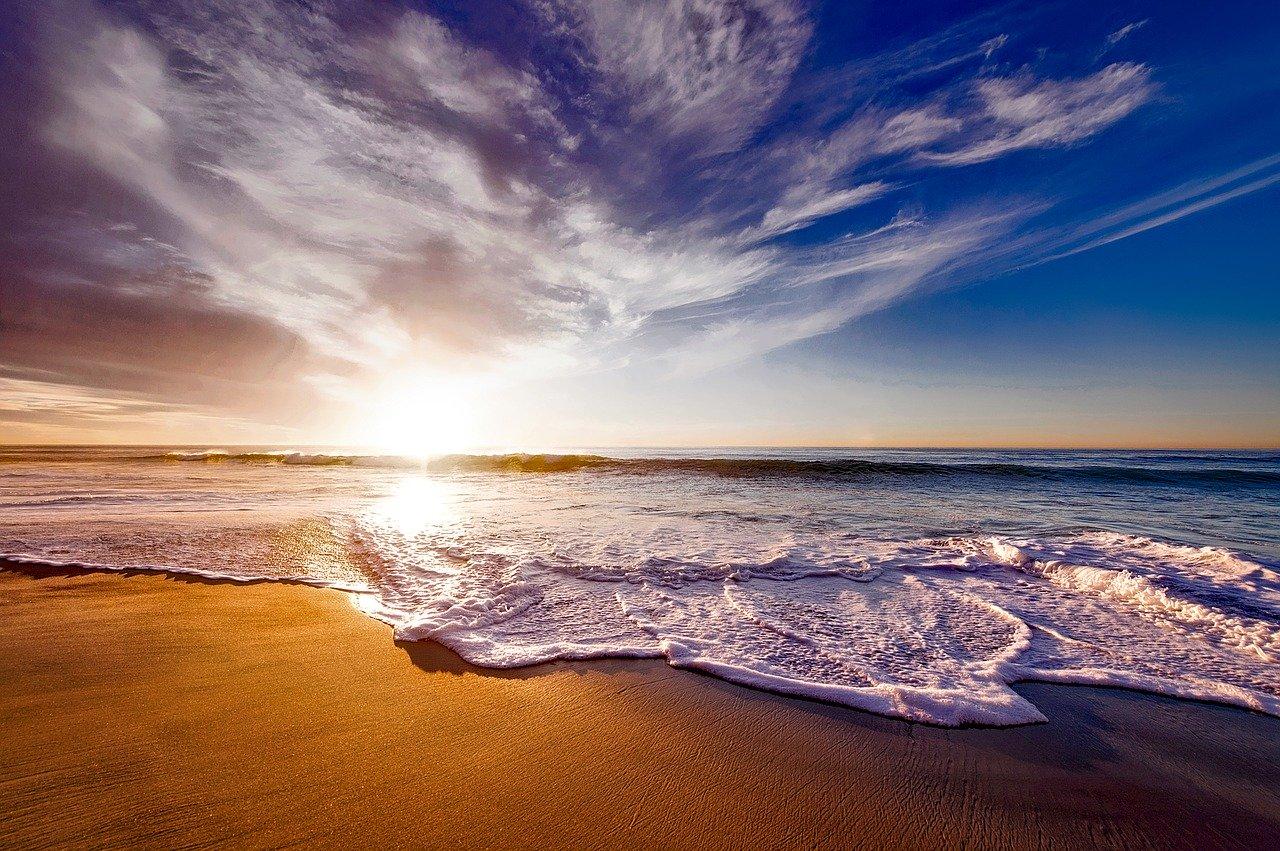 В Севастополе закрыли еще три пляжа