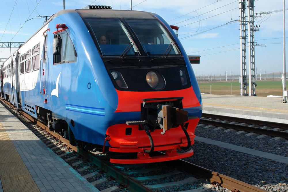 В Севастополе вышли на новый маршрут электропоезда