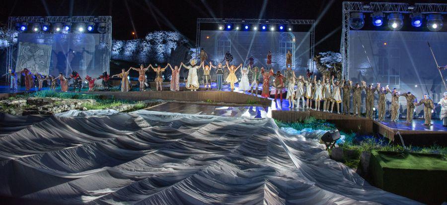 В Севастополе дополнительно покажут спектакль «Грифон»
