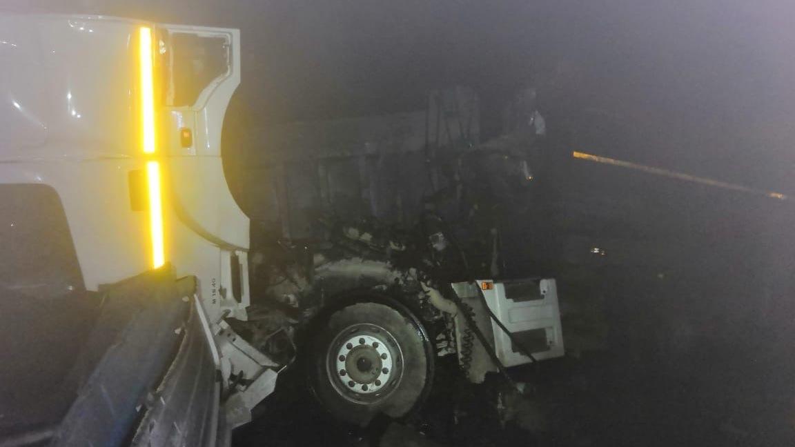 На трассе «Таврида» КАМАЗ врезался в самосвал