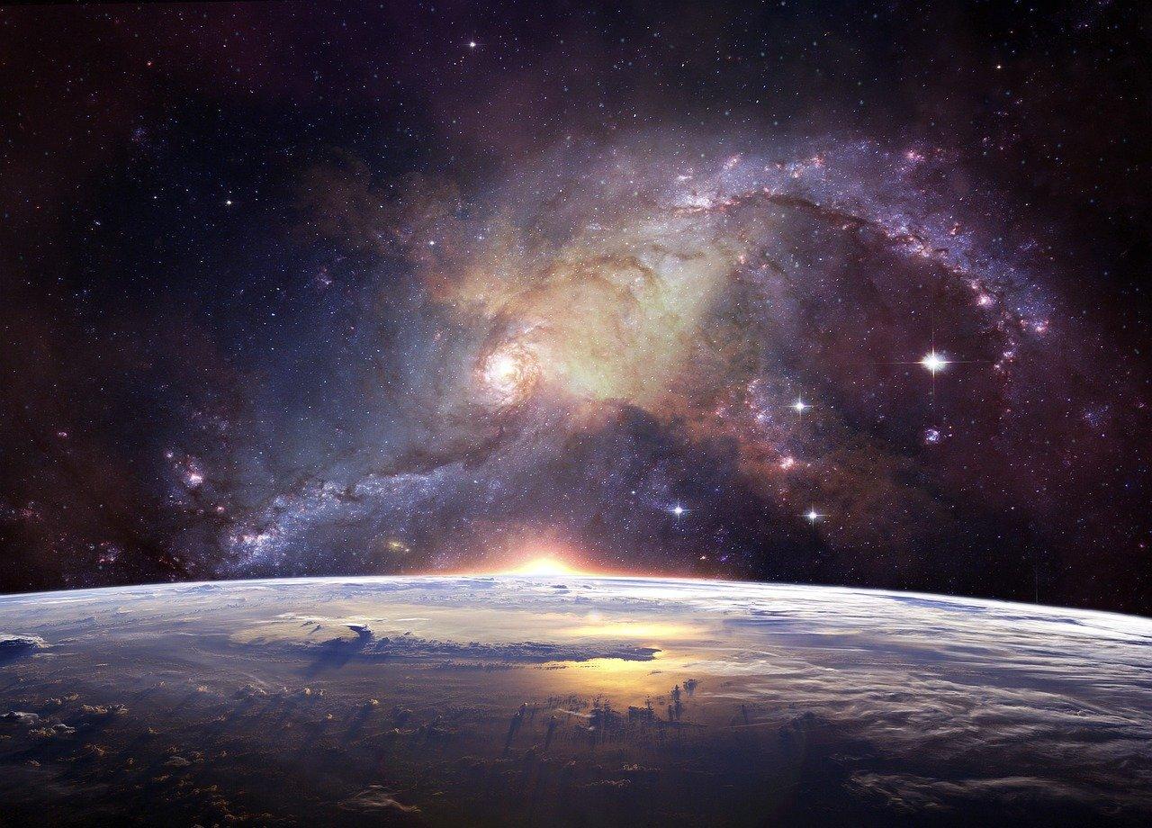 «Чревато большими переменами»: астролог рассказал, что делать в «парад планет»