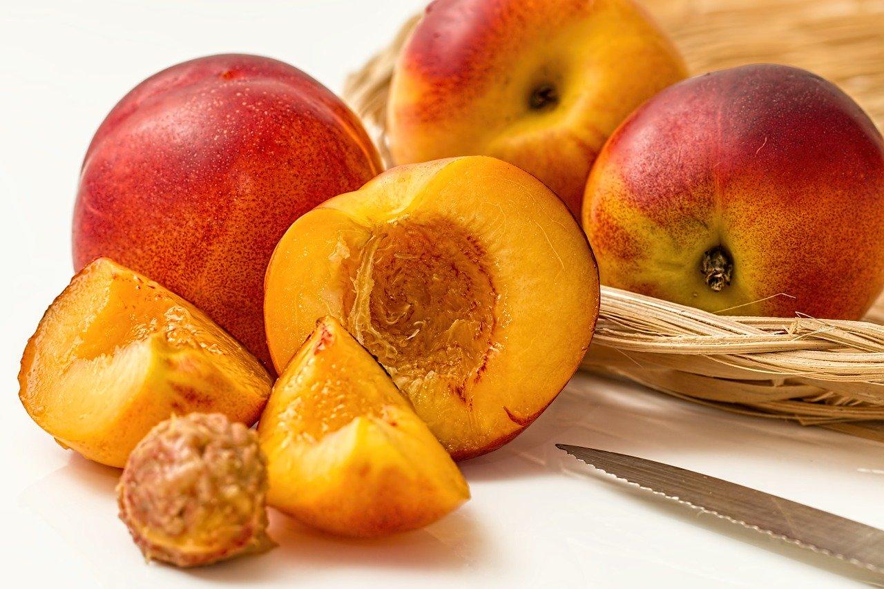 Какие крымские фрукты и овощи следует есть в июле