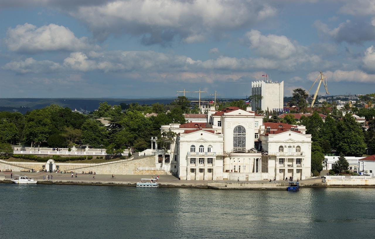 Севастополь вошел в топ городов, которые оставляют у туристов самые яркие впечатления
