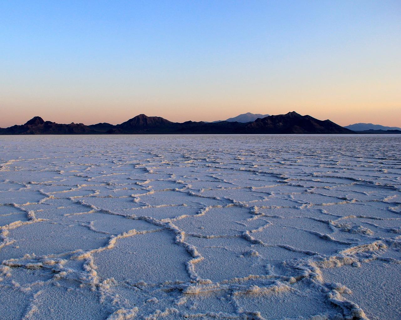 Соленые озера Крыма из-за засухи стали еще солонее