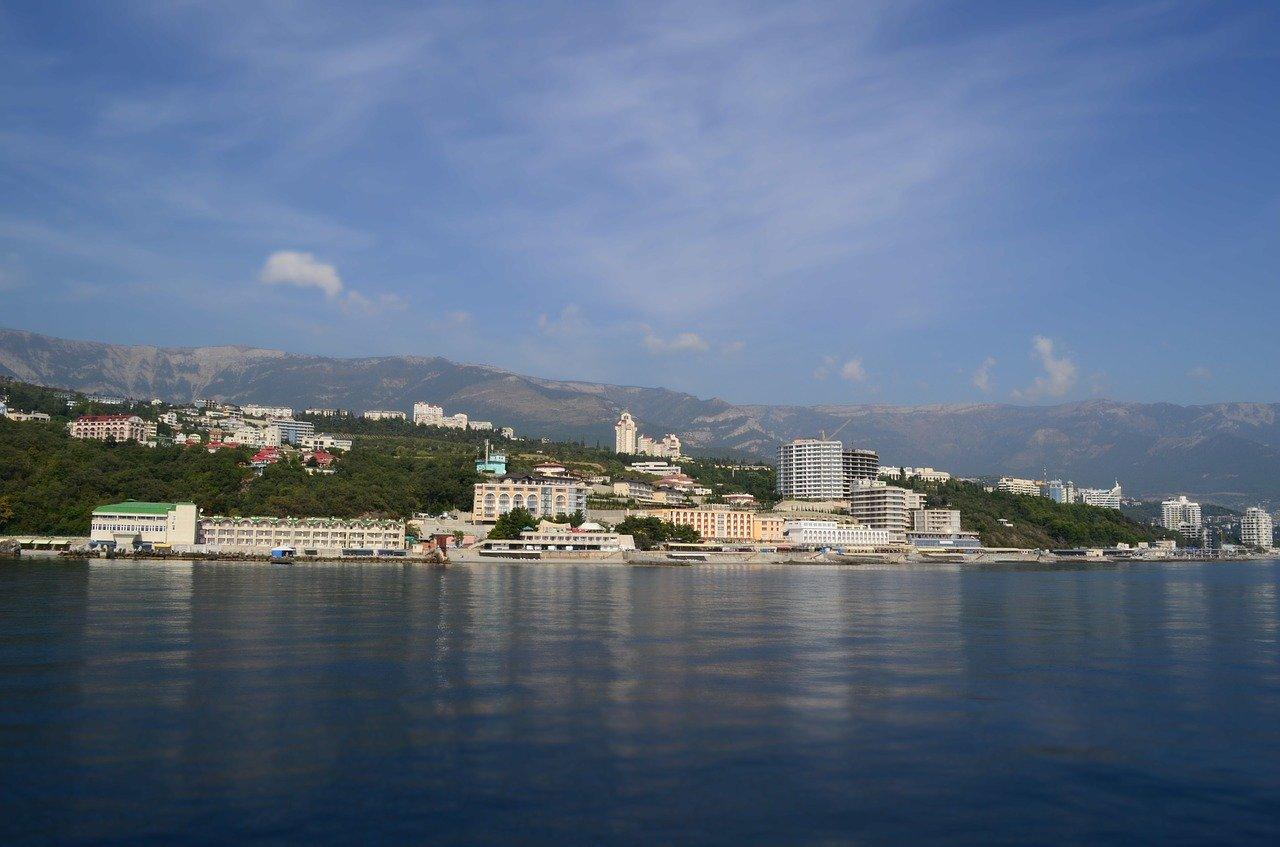 Между городами Крыма будет ходить морское электросудно
