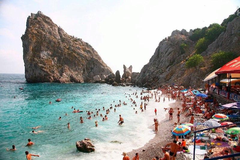 В июле месяце Крым посетили почти полтора миллиона туристов