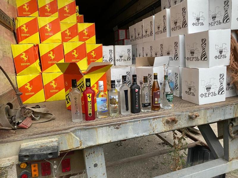 В Крыму силовики изъяли крупную партию контрафактного алкоголя