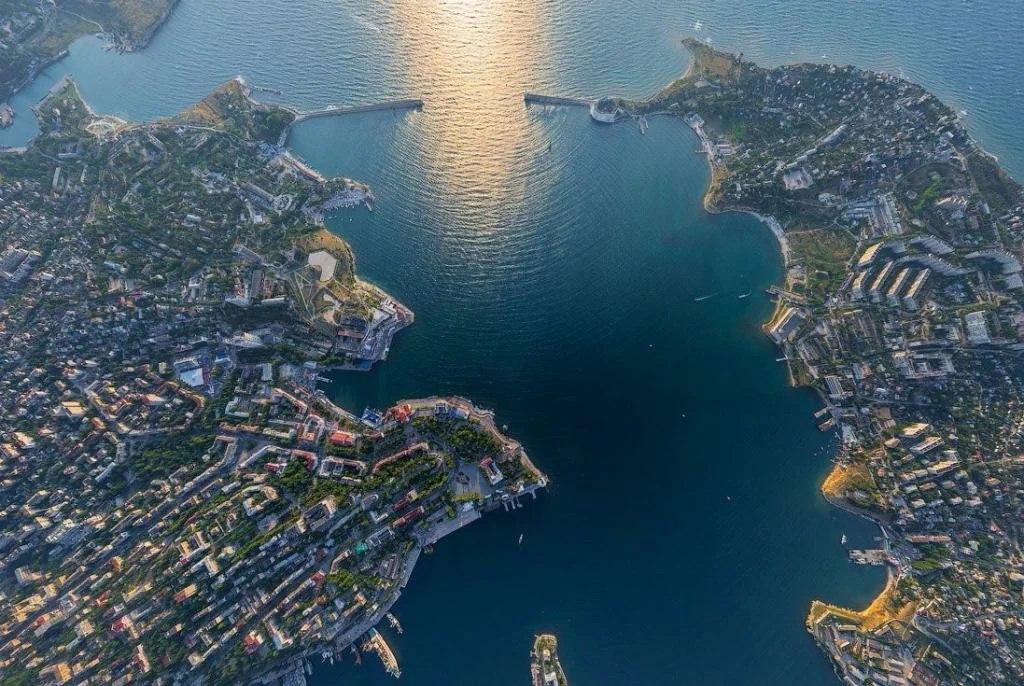 Развожаев рассказал о возможности строительства моста через Севастопольскую бухту