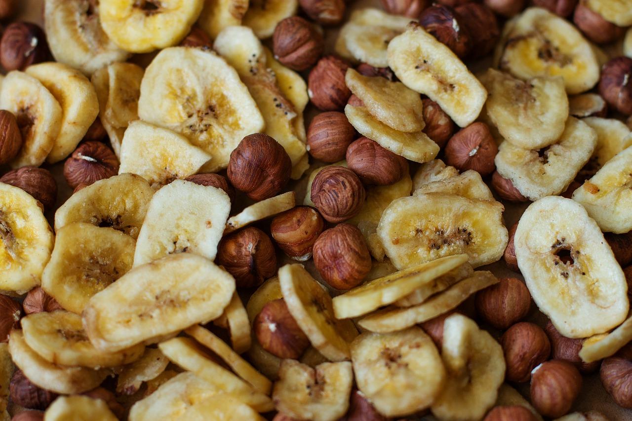 Врач-диетолог рассказала, какие чипсы считаются полезными