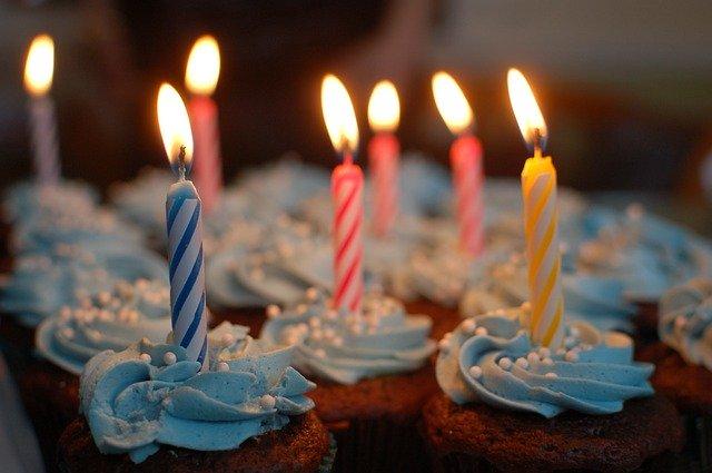 В России могут законодательно закрепить выходной в день рождения