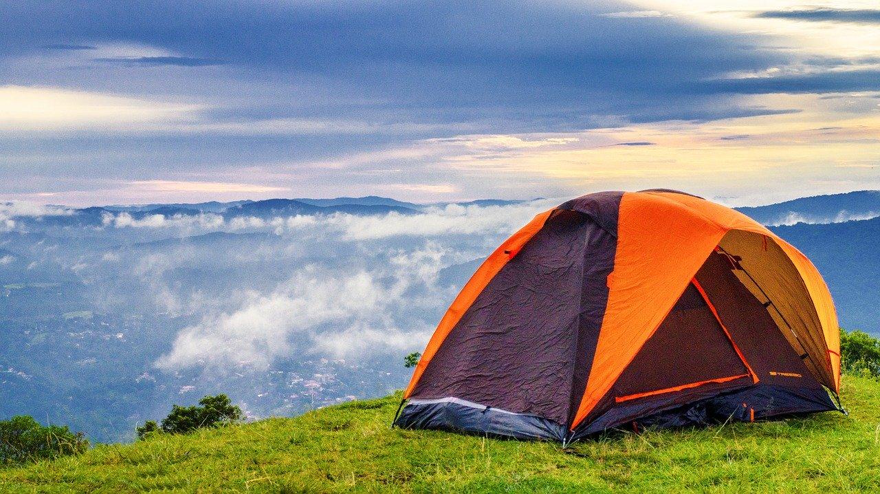 За отдых с палатками в севастопольских лесах придется платить
