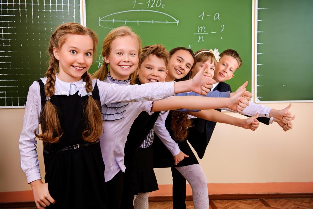 Роспотребнадзор дал рекомендации при выборе школьной формы