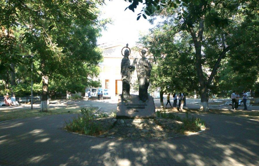 В Севастополе обсудили проект реконструкции сквера у собора Петра и Павла