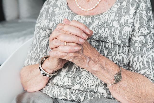 Косметолог раскрыла особенности старения россиянок