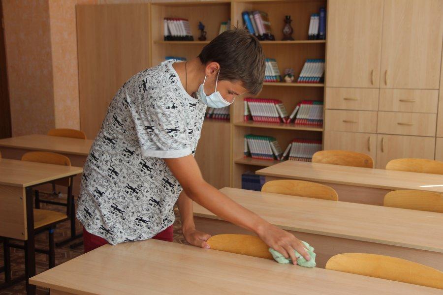 Севастопольские подростки смогут подработать в свободное от учебы время