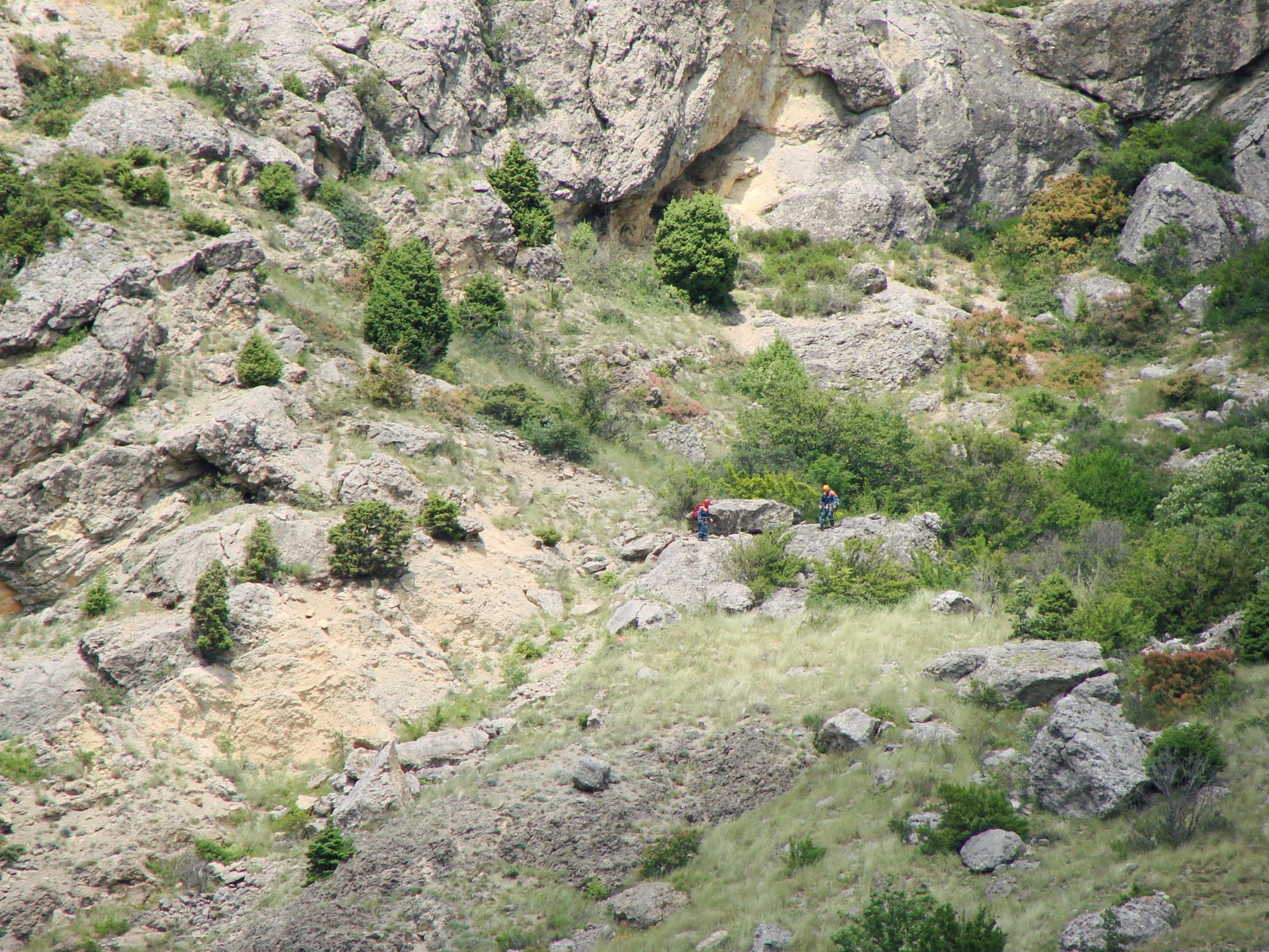 В Крыму туристка упала с 50-метрового холма