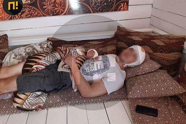 Толпа чеченцев избила охранника рынка в Евпатории за отказ пустить их в туалет