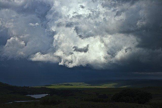 В Крыму вероятны ливни с градом (прогноз погоды на 22 – 24 августа)