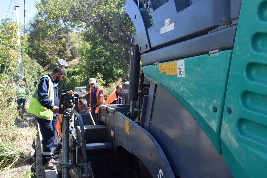 В Инкермане завершают ремонт дорог