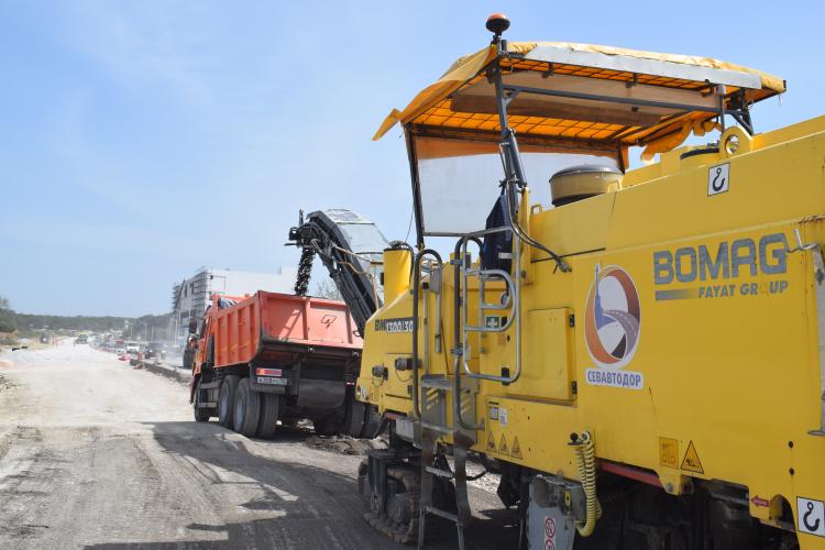 В Севастополе отремонтируют еще 30 километров дорог