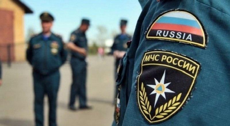 В Севастополе со скалы упал мужчина с семилетним внуком