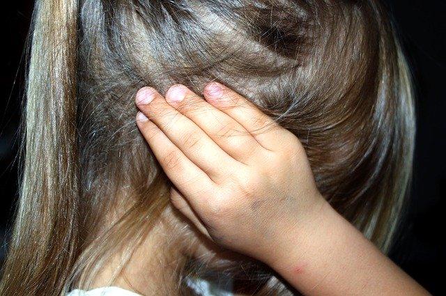В Крыму многодетный отец многократно пытался изнасиловать 9-летнюю дочь