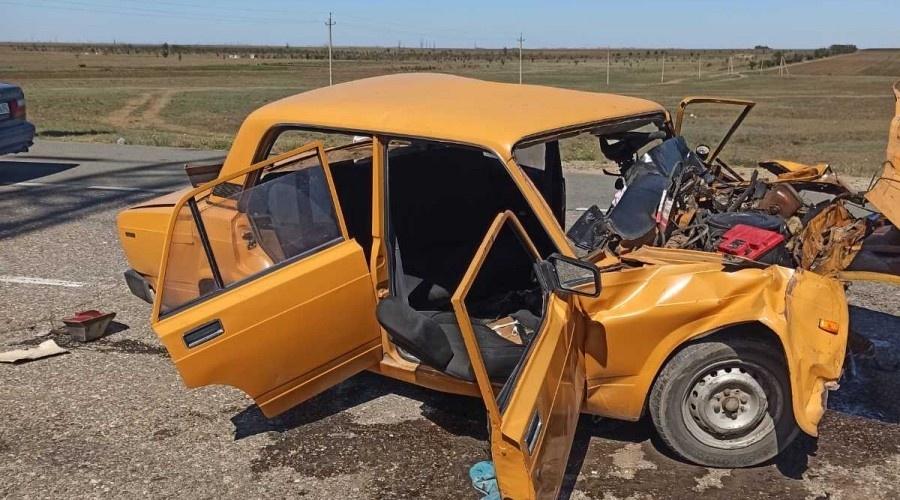 В жутком ДТП в Крыму погибли два человека