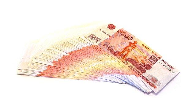 В Севастополе фирма задолжала работникам почти восемь миллионов рублей