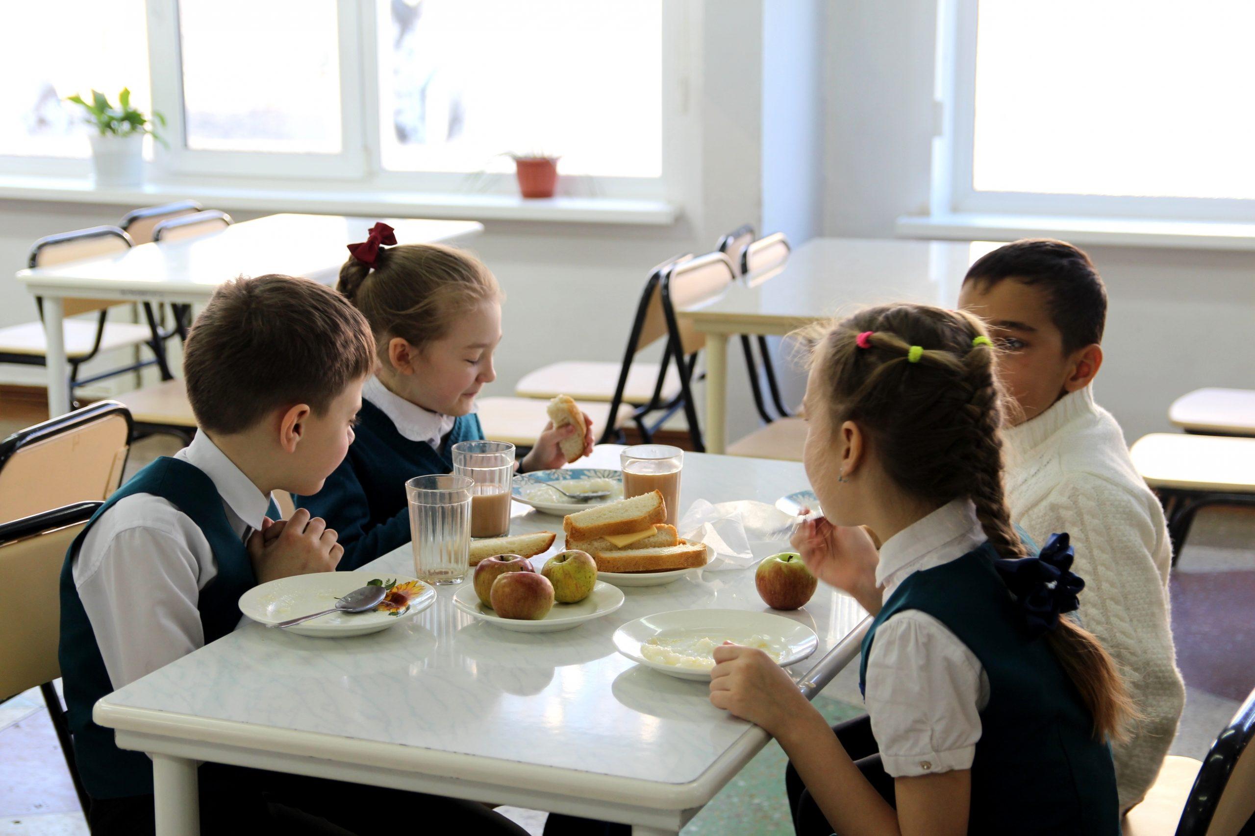 В Севастополе оштрафовали директора школы за нарушение закона